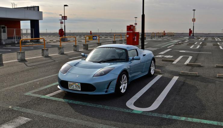 Tesla Roadster Front