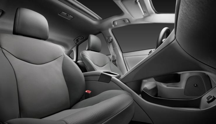 Toyota-Prius-2012-Sitze