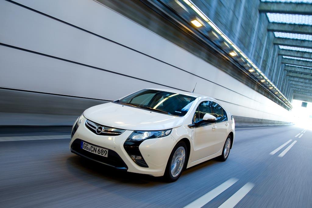 Opel Ampera bei Europcar erhältlich