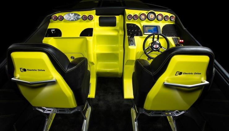 Mercedes-AMG Concept Cigarette AMG Electric Drive Cockpit