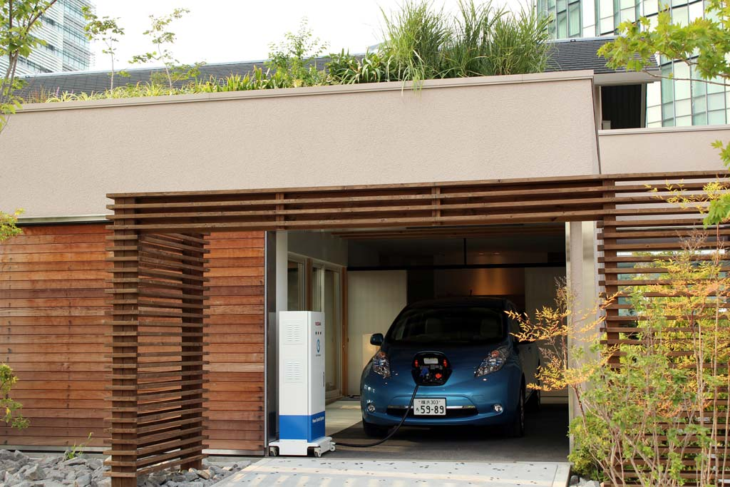 neuer nissan leaf angeblich mit 250 km reichweite. Black Bedroom Furniture Sets. Home Design Ideas