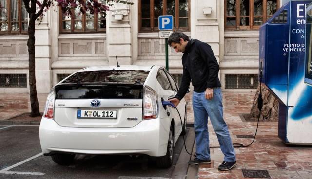 AUTOPLES Elektromobilitaet