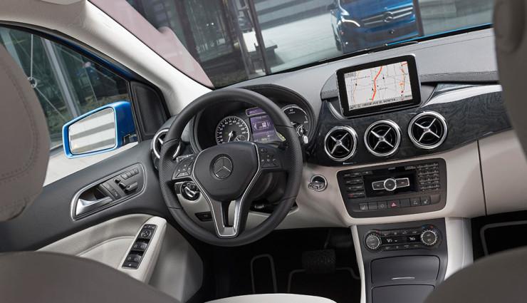 Mercedes B-Klasse Electric Drive Navigation