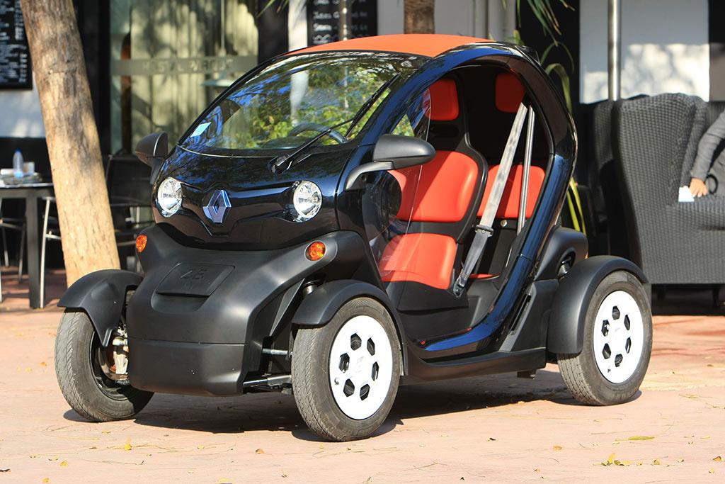 Renault Twizy startet bei Carsharing-Projekt RUHRAUTOe