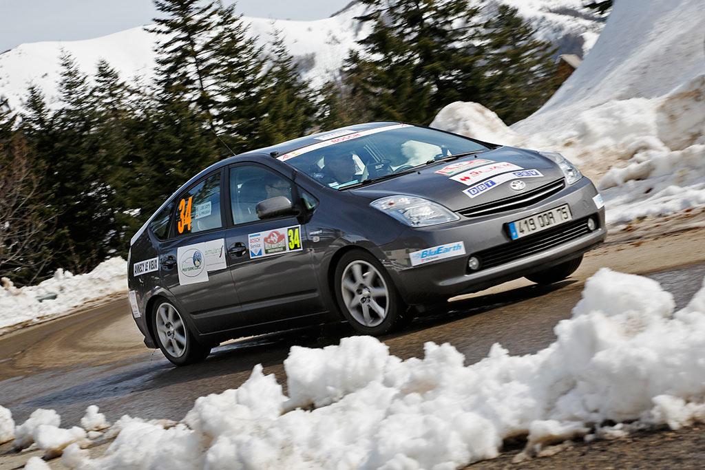 Toyota gewinnt Rallye Monte-Carlo für alternative Antriebe