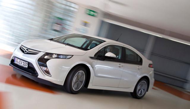 Studie: Wann Autofahrer auf Elektroautos umsteigen würden