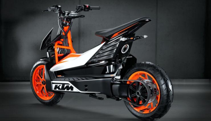 KTM E-Speed Electric Scooter Elektroroller Rueckseite