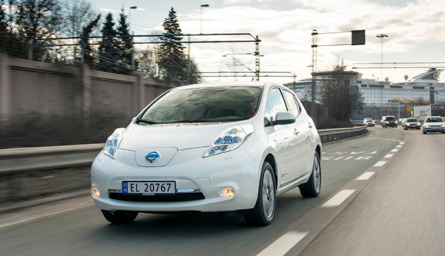 Nissan Leaf VW Polo im Preisvergleich