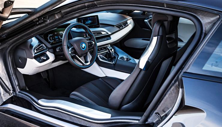BMW-i8-innen
