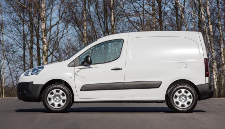 Elektroauto-Transporter-Peugeot-Partner-Electric-Seite