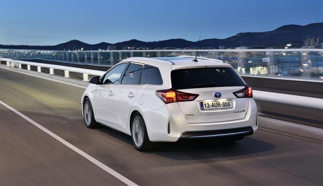 Neuer Toyota Auris Hybrid noch effizienter