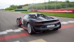 Porsche 918 Spyder Hybrid Heck geschlossen
