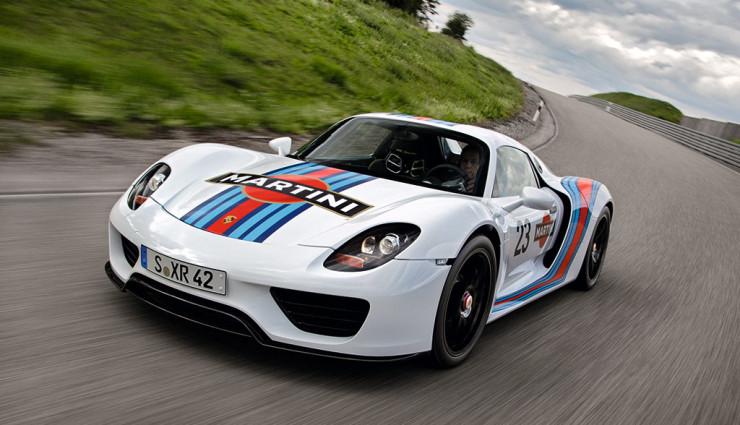 Porsche 918 Spyder Martini Racing Front