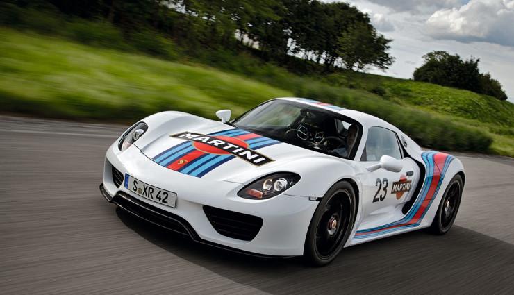 Porsche 918 Spyder Martini Racing Video
