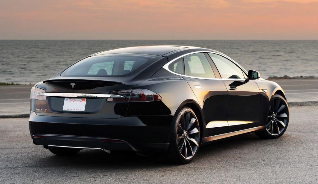 Tesla 'Performance Plus': Mehr Reichweite und besseres Handling für das Model S