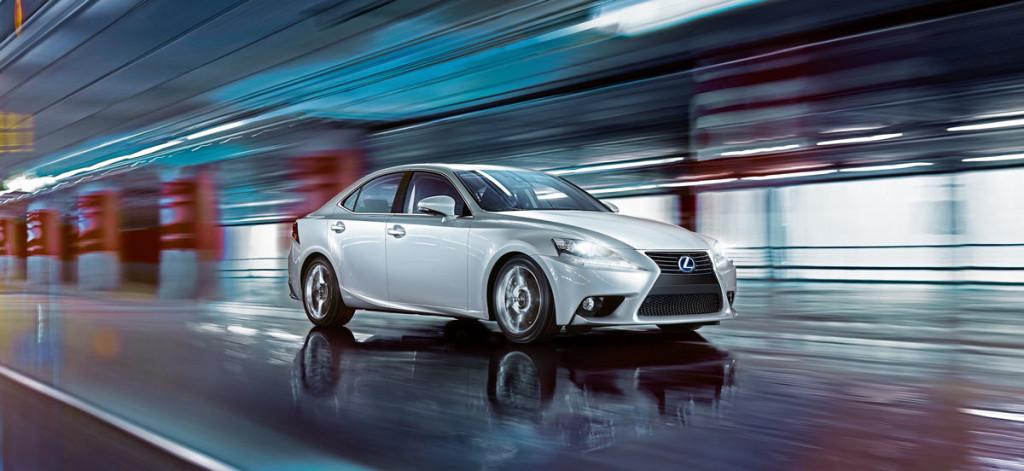 Hybridauto Lexus IS 300h Business Edition kommt zu den Händlern