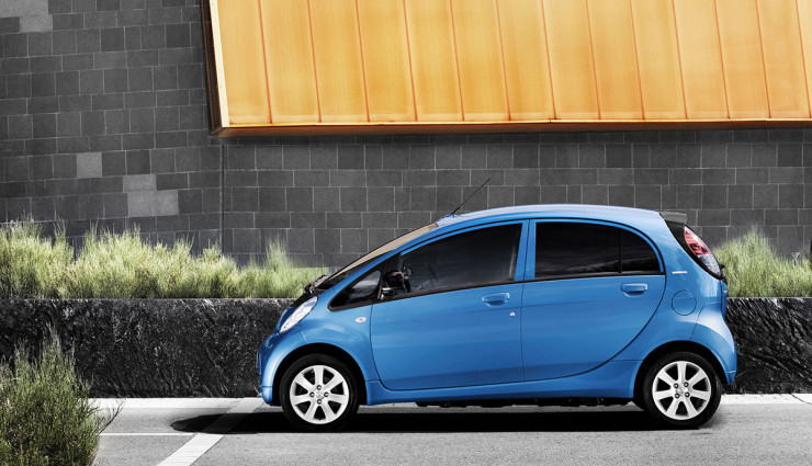 Peugeot iOn Seite