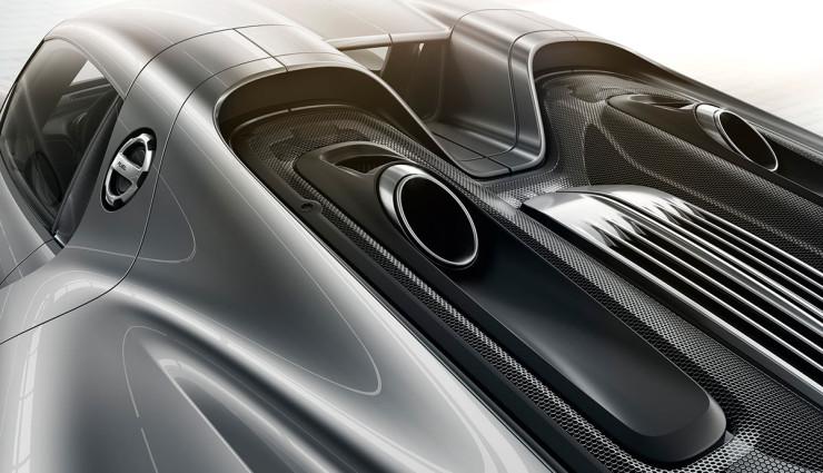Porsche-918-Spyder-Plug-in-Hybrid Auspuffrohre