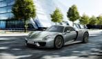 Porsche-918-Spyder-Plug-in-Hybrid Front 2