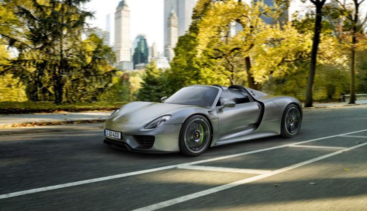 Porsche-918-Spyder-Plug-in-Hybrid Front