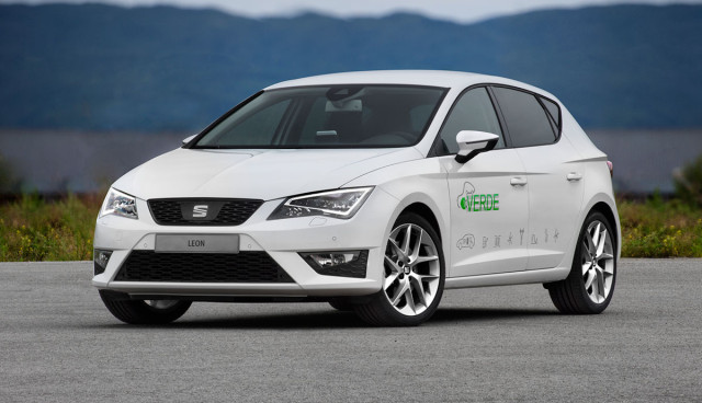 Seat Leon Verde Plug-in-Hybrid Front