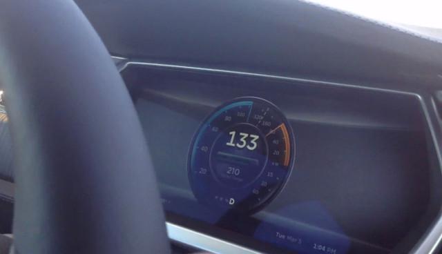 Tesla Model S Performance Höchstgeschwindigkeit
