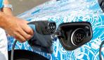 BMW i8 Bilder Prototyp aufladen