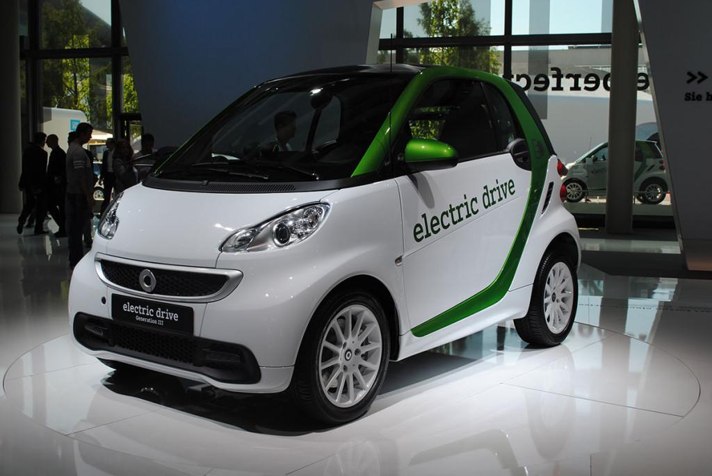 Der 1,5 millionenste smart fortwo ist ein Elektroauto