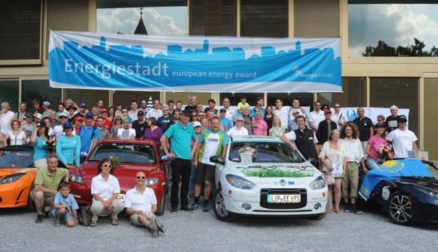 Neuer Weltrekord für WAVE-Elektroauto-Parade