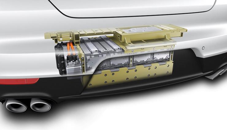 Porsche Panamera S E-Hybrid Batterie mit Crashbox