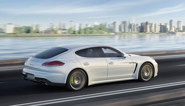 Porsche Panamera S E-Hybrid Seite