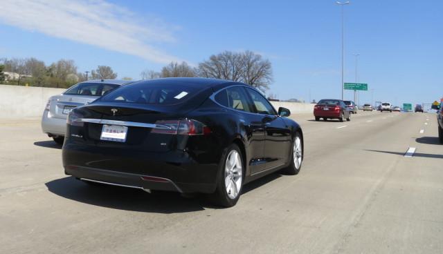 Tesla Model S meistverkauftes Luxusauto in den USA