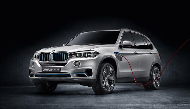 BMW SUV X5 Concept aufladen