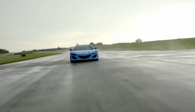 Honda NSX Hybrid Video