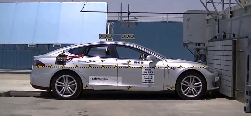 Tesla Model S, Elektroauto Sicherheit, Crashtest