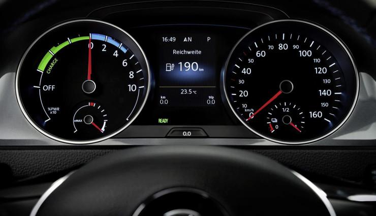Volkswagen-e-Golf-Bordcomputer