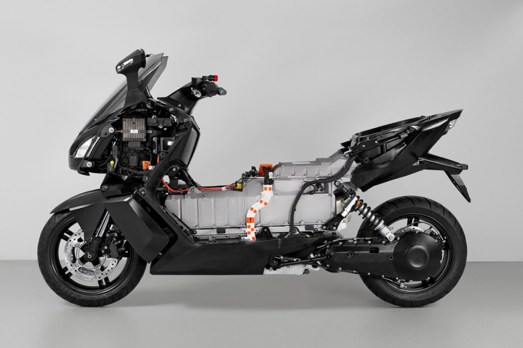 c evolution bmw pr sentiert maxi scooter elektroroller. Black Bedroom Furniture Sets. Home Design Ideas
