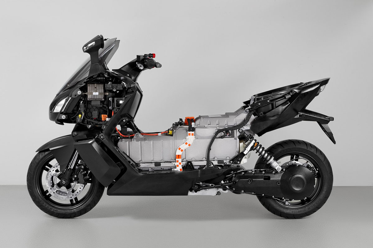 c evolution bmw pr sentiert maxi scooter elektroroller. Black Bedroom Furniture Sets. Home Design Ideas