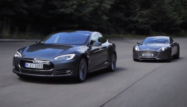 Tesla-Model-S-Test-gegen-Aston-Martin-Rapid-S-Video