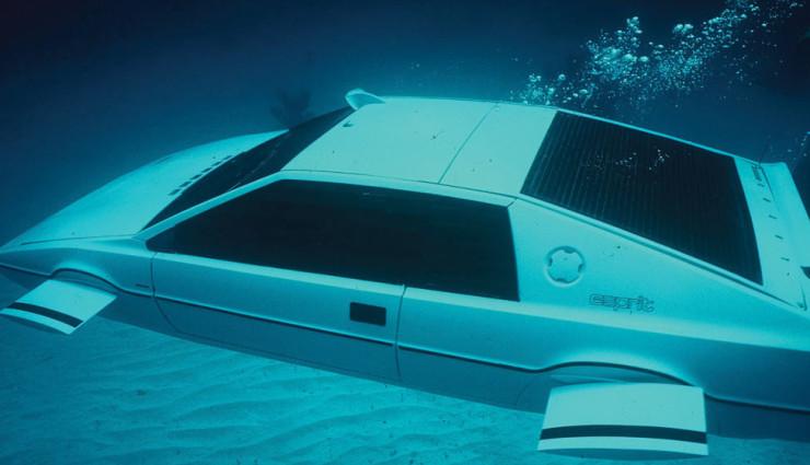Elon–Musk-Tesla-James-Bond-Lotus-Unterwasser-Auto-9