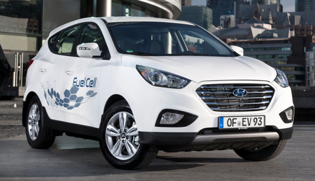 Hyundai-ix35-Fuel-Cell-Test-Wasserstoff