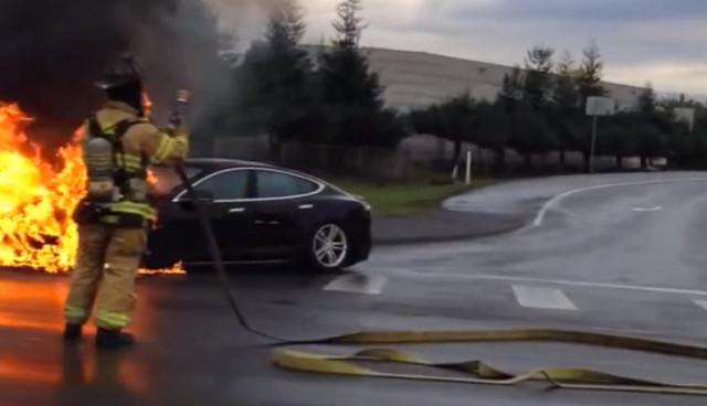 Tesla-Model-S-Unfall-Feuer