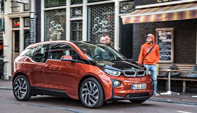BMW i3 Preis Grünes Lenkrad