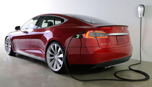 einstiegselektroauto-tesla-model-e-2015