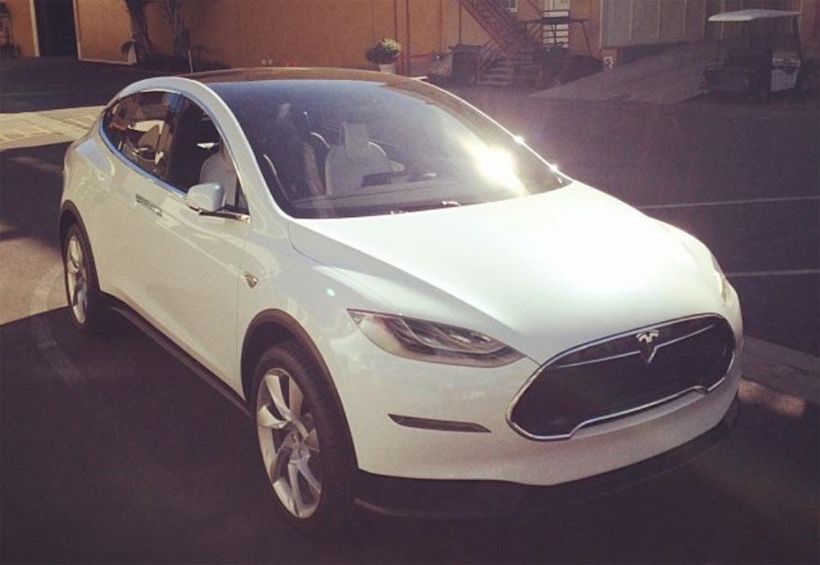 Elektroauto-SUV-Tesla-Model-X