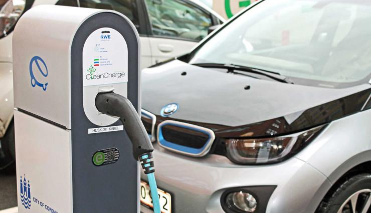 BMW Elektroauto Ladestationen