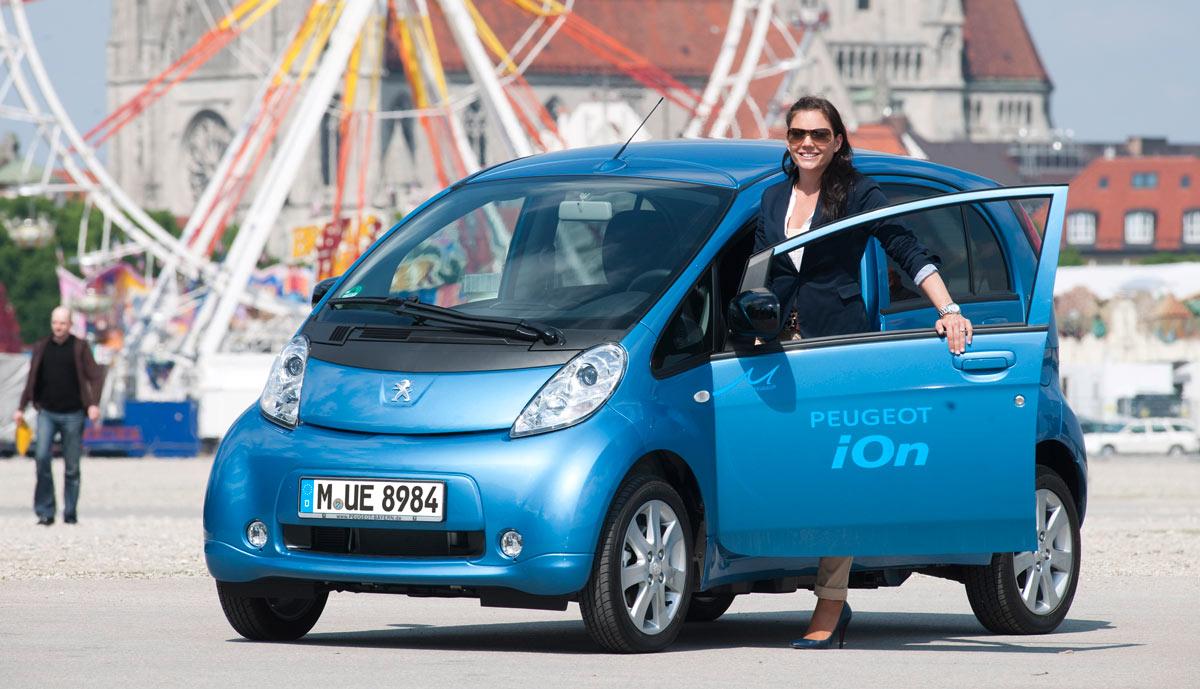 """Elektroauto-Studie: Frauen reicht Kleinwagen, Männer möchten """"mehr"""""""