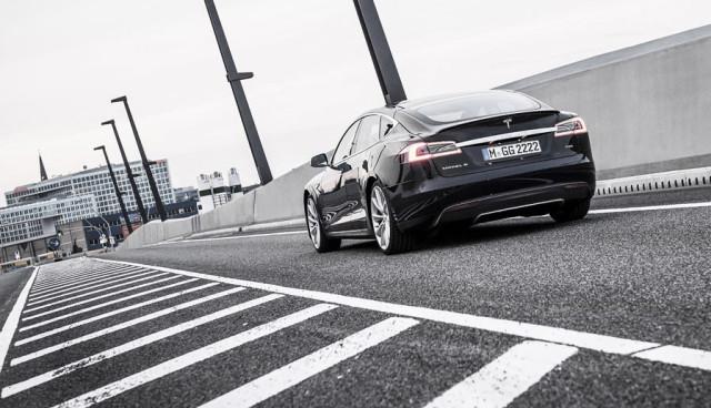Tesla Model S Gebrauchtwagen kaufen Preis