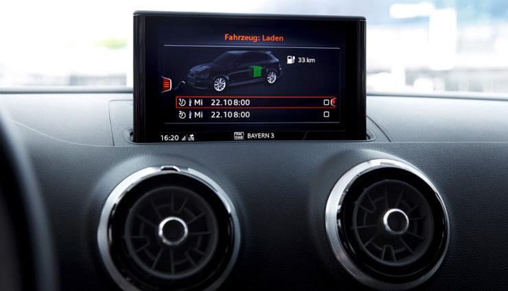 Audi-A3-e-tron-2016—10