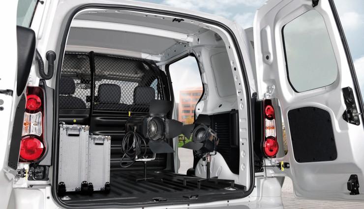 Citroen-Berlingo-Elektroauto-Transporter-Ladevolumen